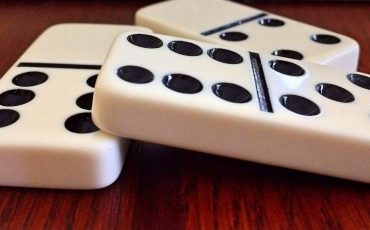 Domino Game Online